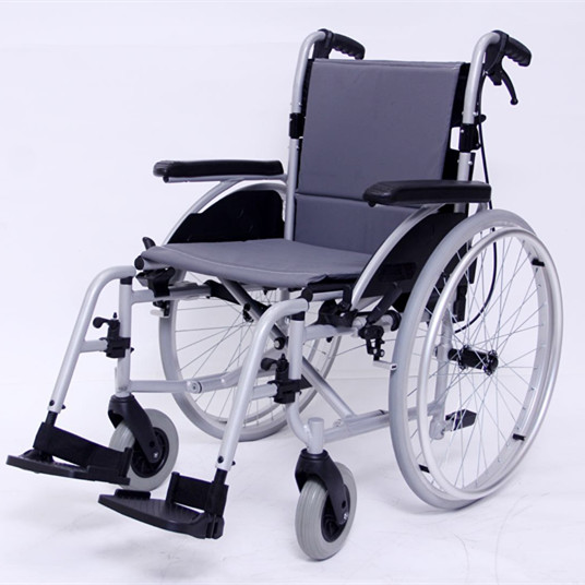 Lightweight Aluminum Self Propelled Wheelchair